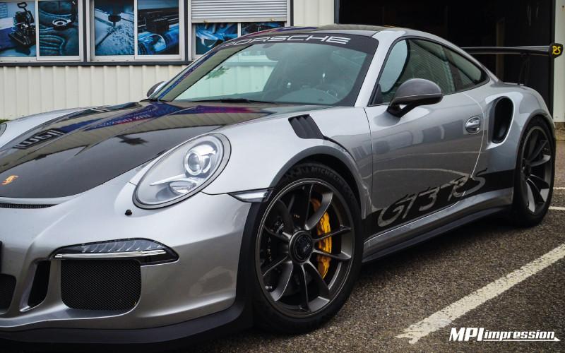 Porsche GT3 RS capot carbone