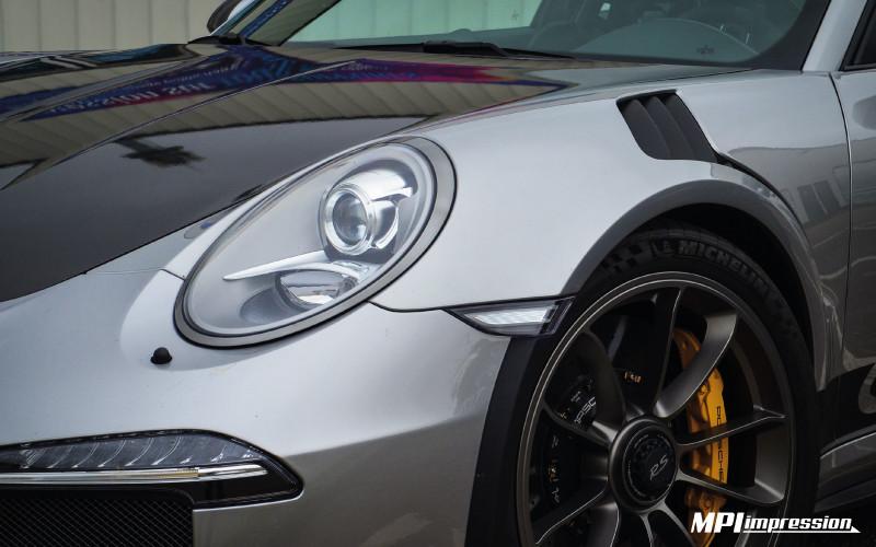 Porsche GT3 RS face avant bandes latérales zoom